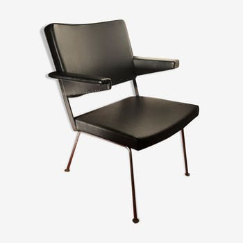 Andre Cordemeyer leather armchair for Gispen