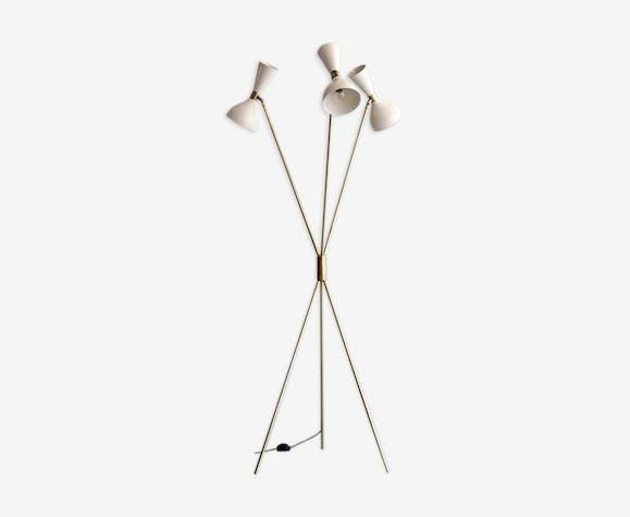 Lampadaire tripod dans le style des créations Italiennes