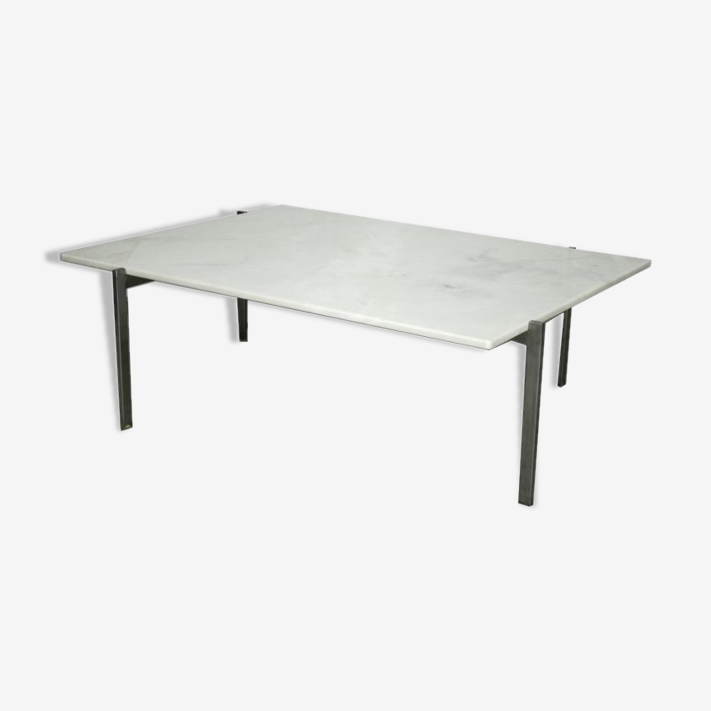 Low table in marble