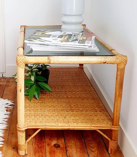 Table basse en rotin et verre années 60