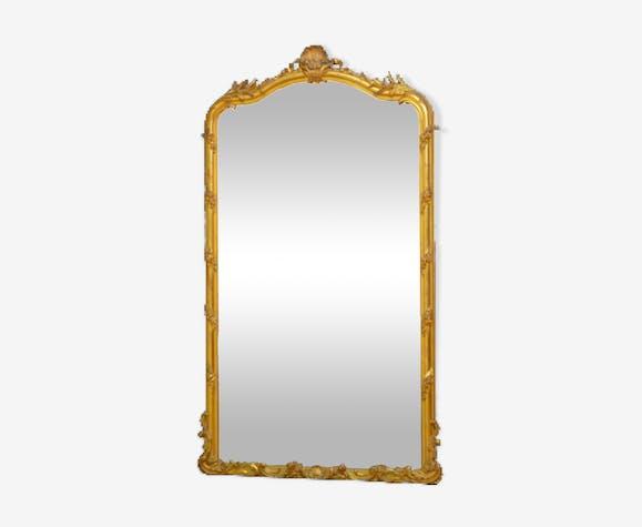 Grand miroir en bois doré du XIXème siècle