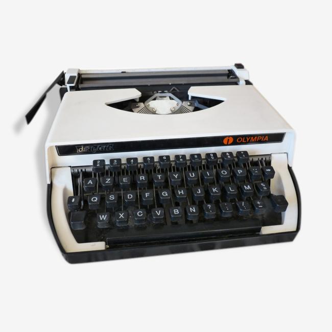 Machine à Ecrire vintage Dactylette Olympia Magic'Puce