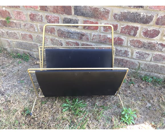 Gold and faux leather metal magazine holder