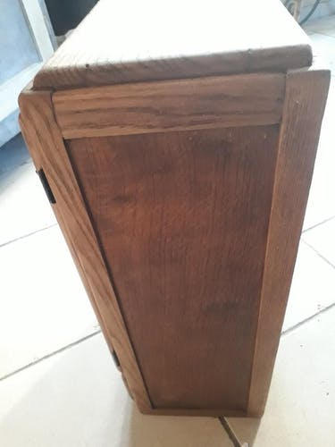 Oak country wall cabinet