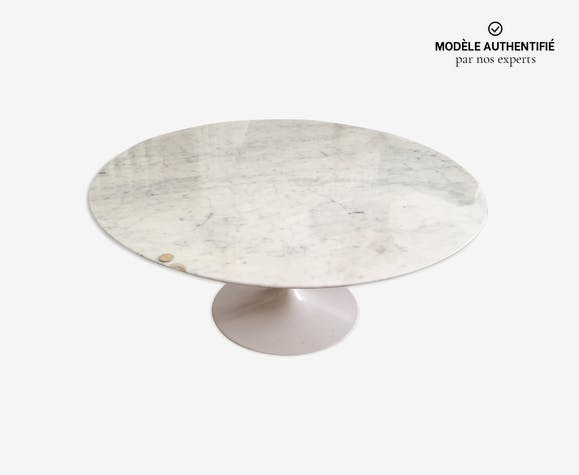 Table par Eero Saarinen pour Knoll 1960