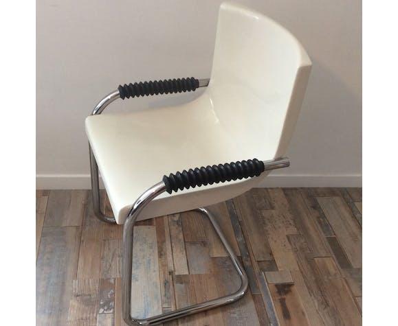 Chaise vintage années 70 en bakélite
