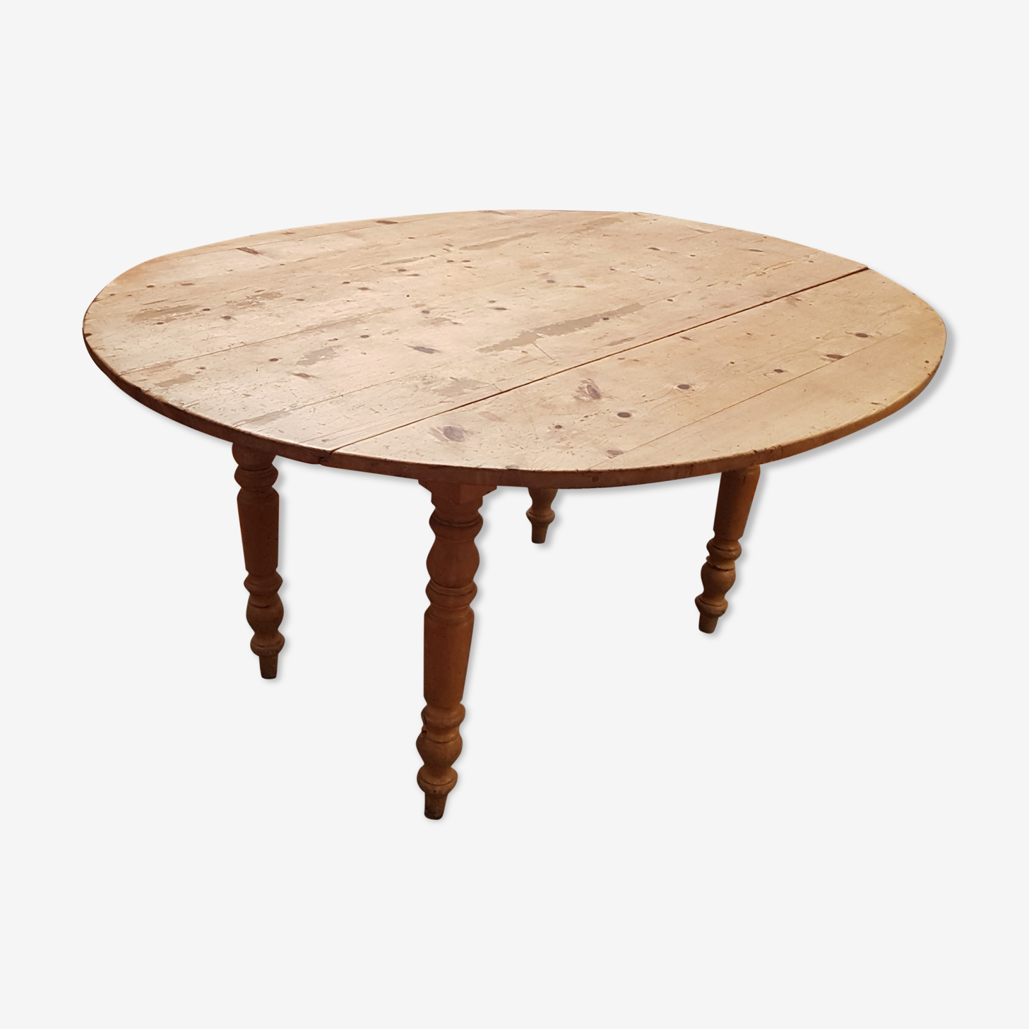 Old English oval pine table