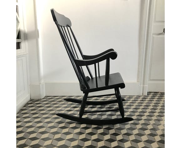 Rocking-chair in wood