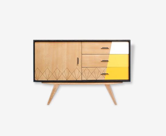 meuble buffet vintage relook jaune ch ne clair. Black Bedroom Furniture Sets. Home Design Ideas