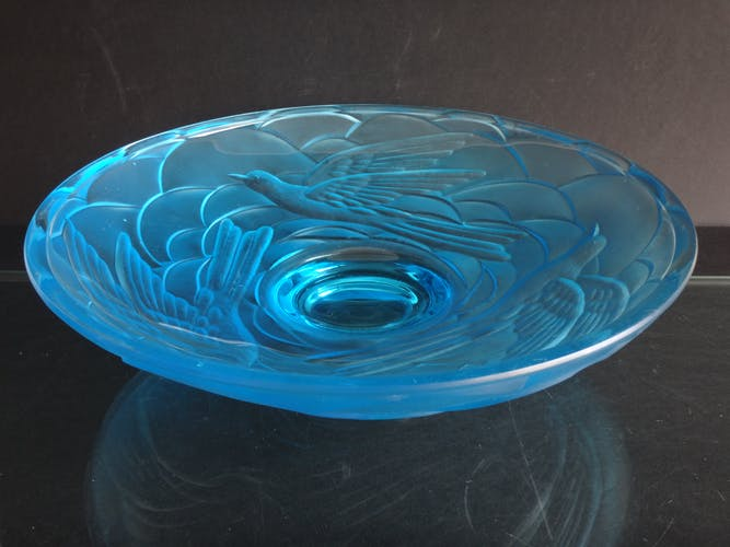 Coupe en verre moulé oiseaux Art déco - 1925