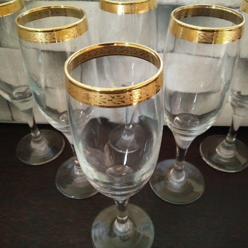 Coffret de 6 flûtes à champagne , liseré doré