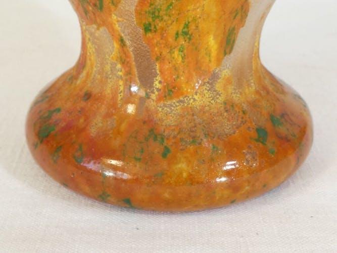 Vase Daum Nancy les Rosiers en autonme en pate de verre degagé a l'acide