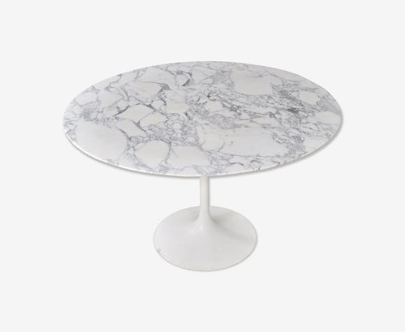 Tulip table by Eero Saarinen for Knoll, 1960
