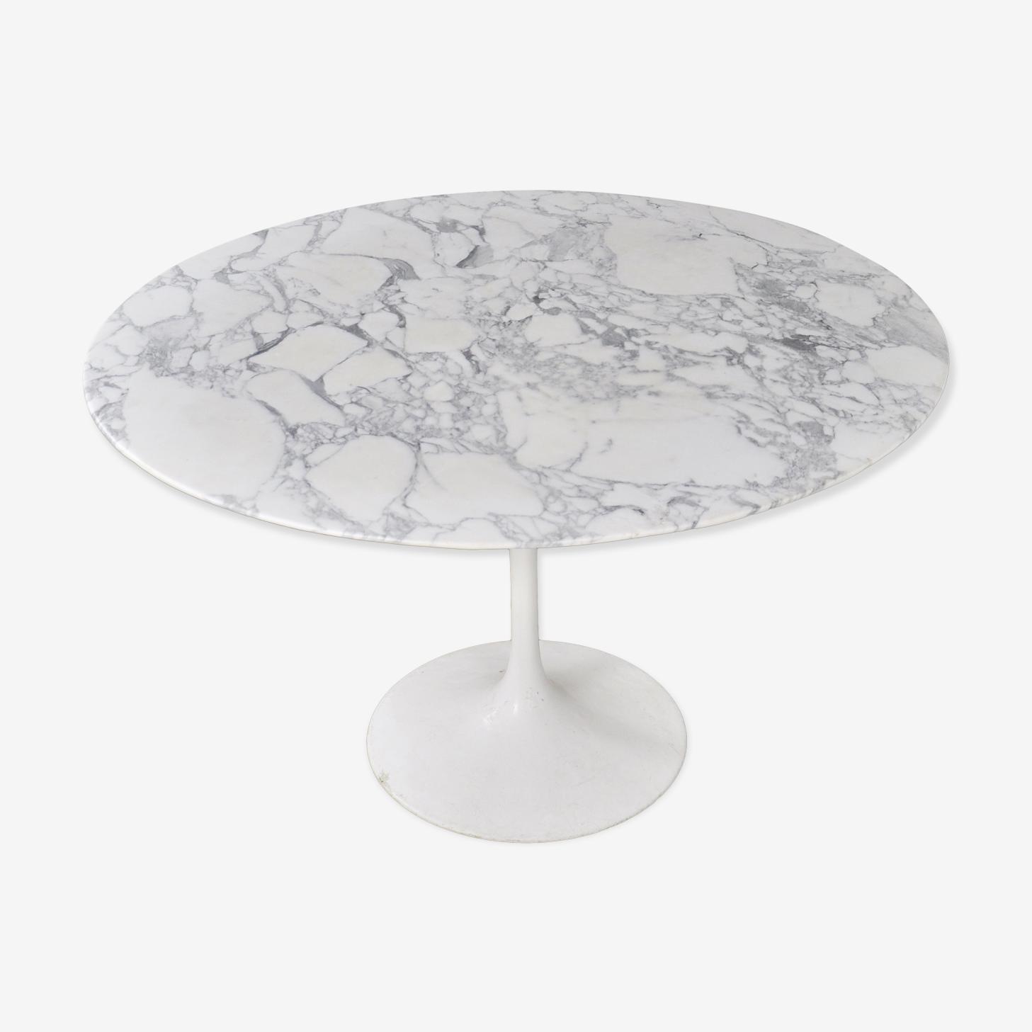 Table tulipe Eero Saarinen pour Knoll international 1960s