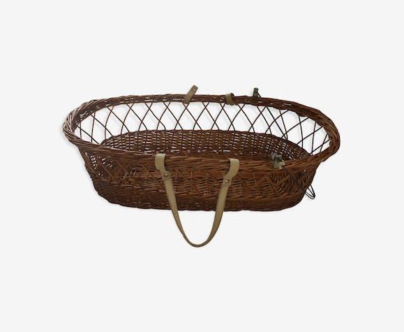 Couffin rotin avec arceaux pour capote et poignées