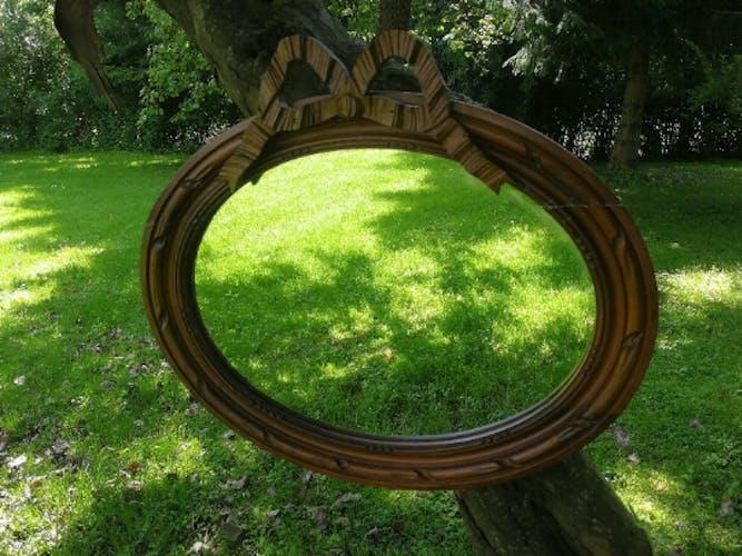 Louis XVI-style medallion mirror - 48x42cm