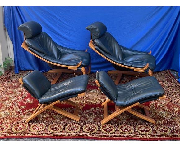 Paire de fauteuils lounge et pouf en cuir Nelo sweden