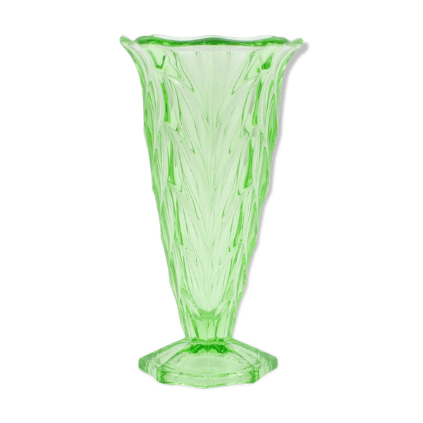Uranium Glass Vase From Czechoslovakia 1930 S Glass And Crystal