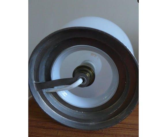 Lampe globe opaline blanche