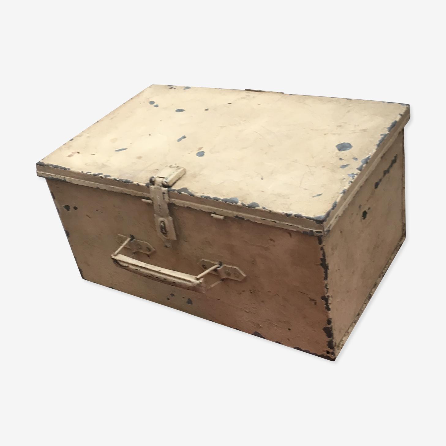 Caisse métallique