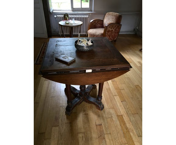17th-century wooden table