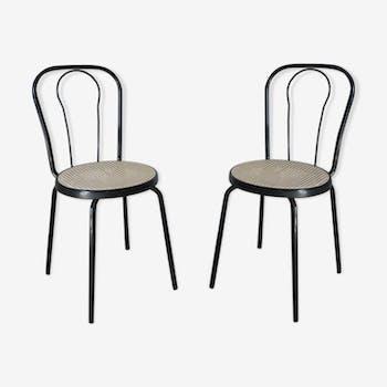 Deux chaises rétro