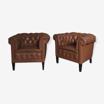 Paire de grands fauteuils en cuir camel