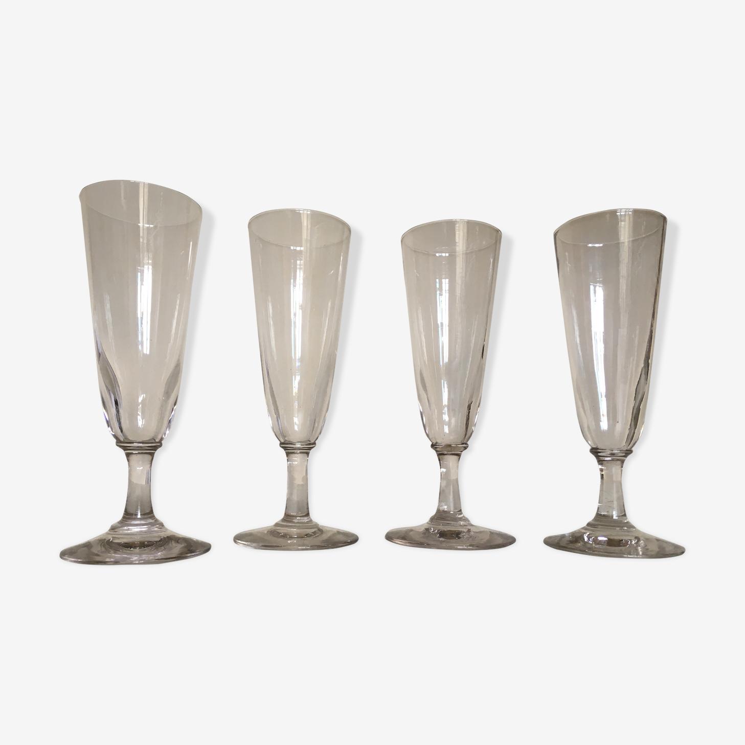 Set de 4 flutes à champagne 19e en verre