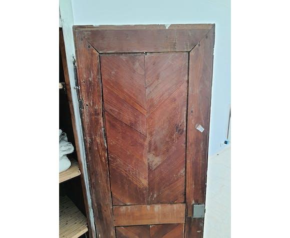Bonnetière armoire patinée époque Louis XV 18ème siècle