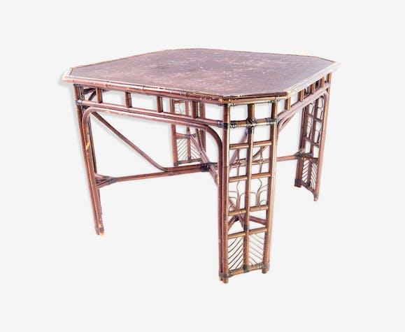 Table en bambou et osier