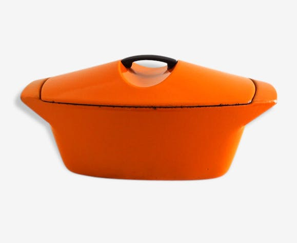 cocotte le creuset coquelle en fonte orange ann es 70 fonte orange vintage 94866. Black Bedroom Furniture Sets. Home Design Ideas