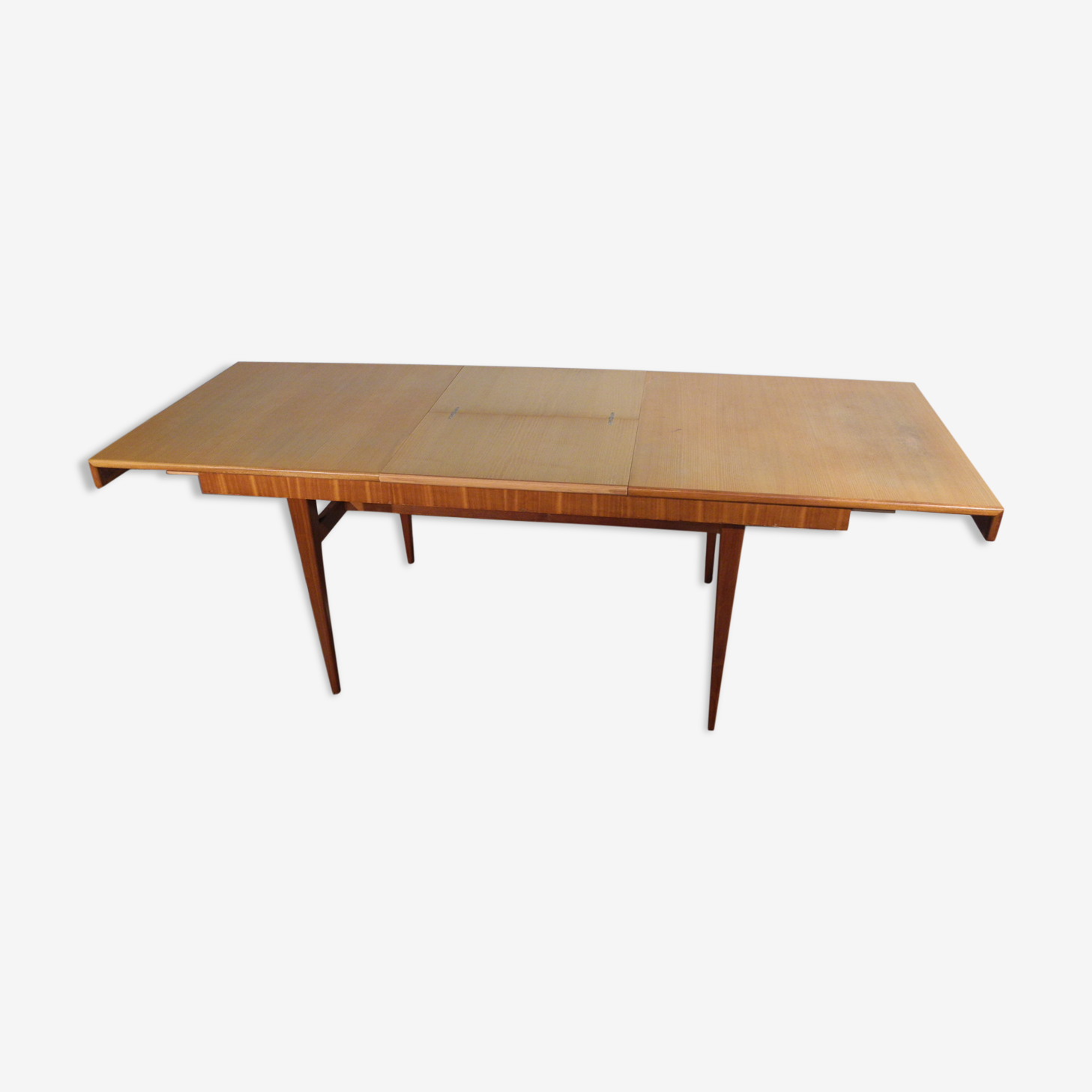 Dining table dating from the 1950-1960's