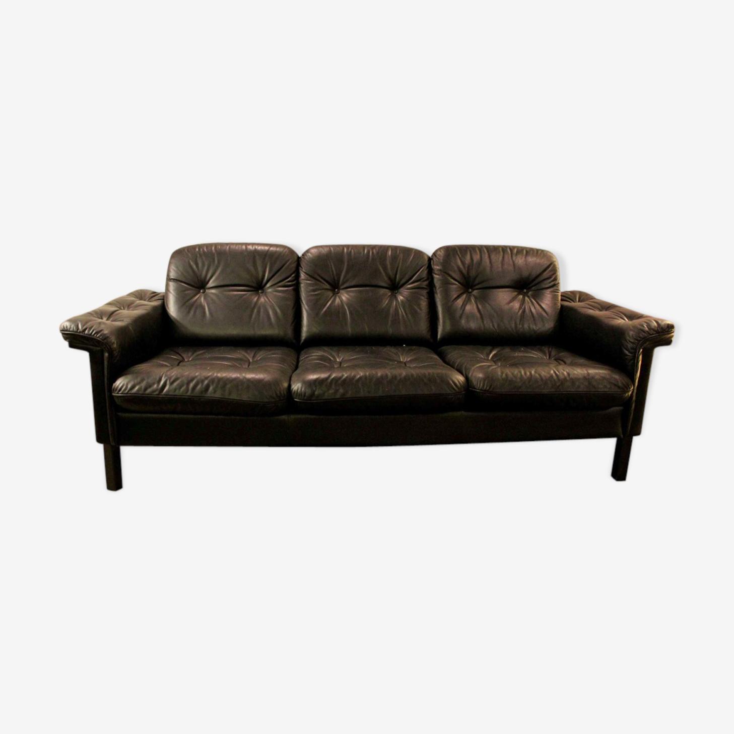 Canapé vintage en cuir avec 3 places années 70.