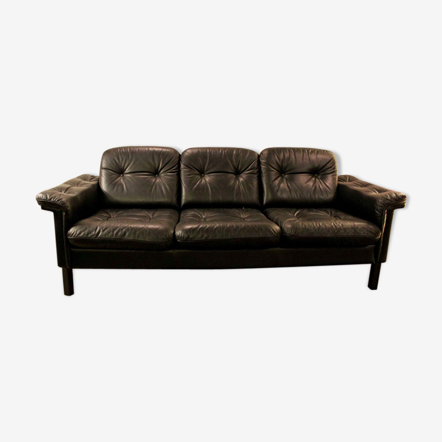 Vintage leather with 3-seater sofa since the 1970s.