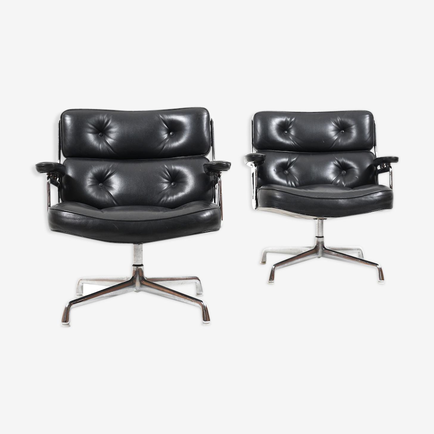 Paire de fauteuils modèle ES 105 par Charles et Ray Eames premier modèle