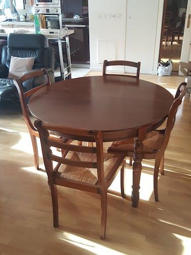 Table et 4 chaises 2 rallonges