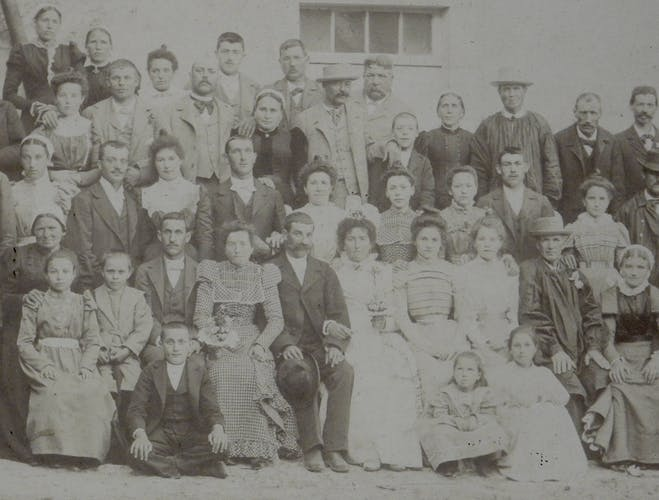 Photographie noir et blanc sous cadre, mariage français fin XIXème