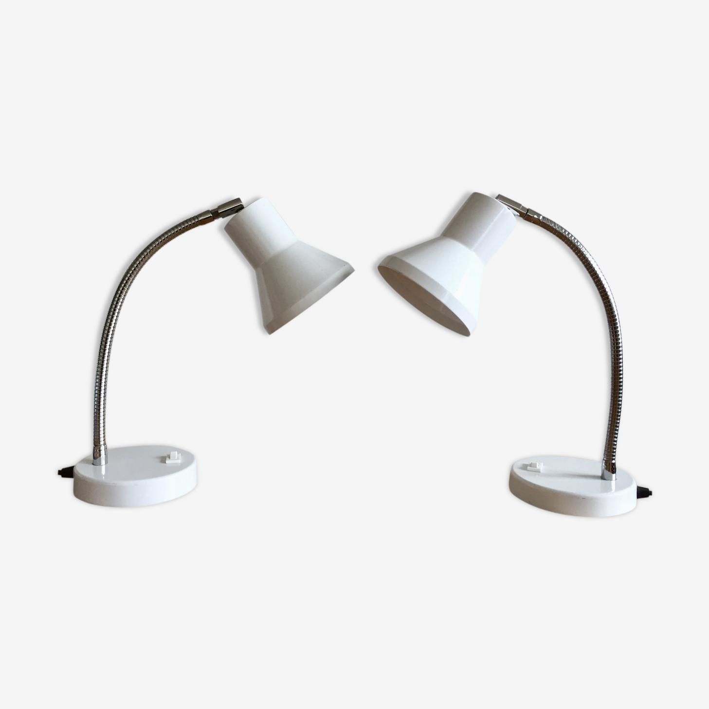 Pair of lamps flexible white metal 1980
