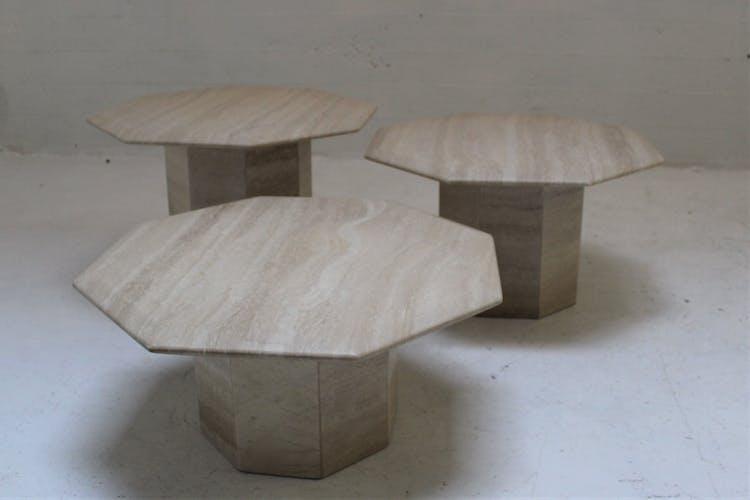 Lot de 3 tables basses octogonales en travertin