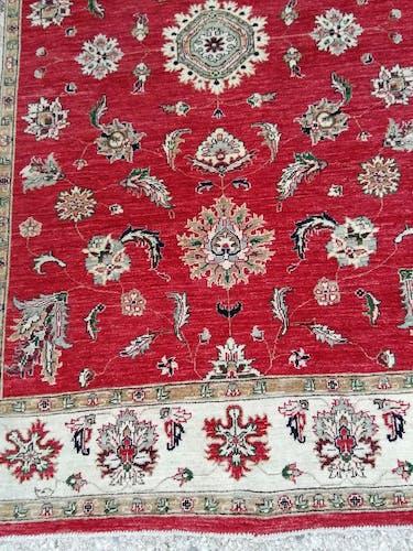 Red Kashan carpet - 238x167cm