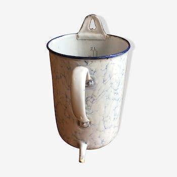 Fontaine en tôle émaillée ancienne