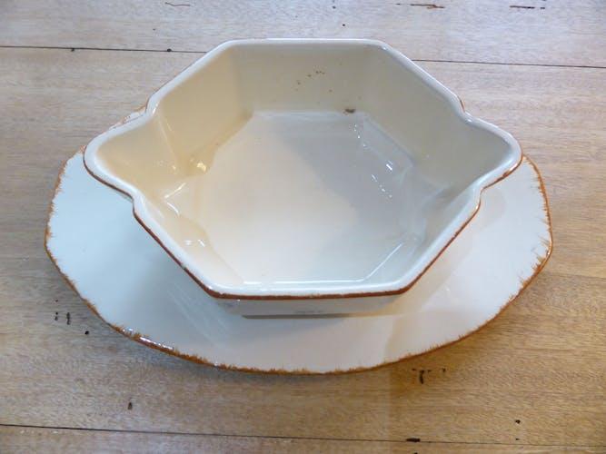 Saucière en porcelaine de St Amand