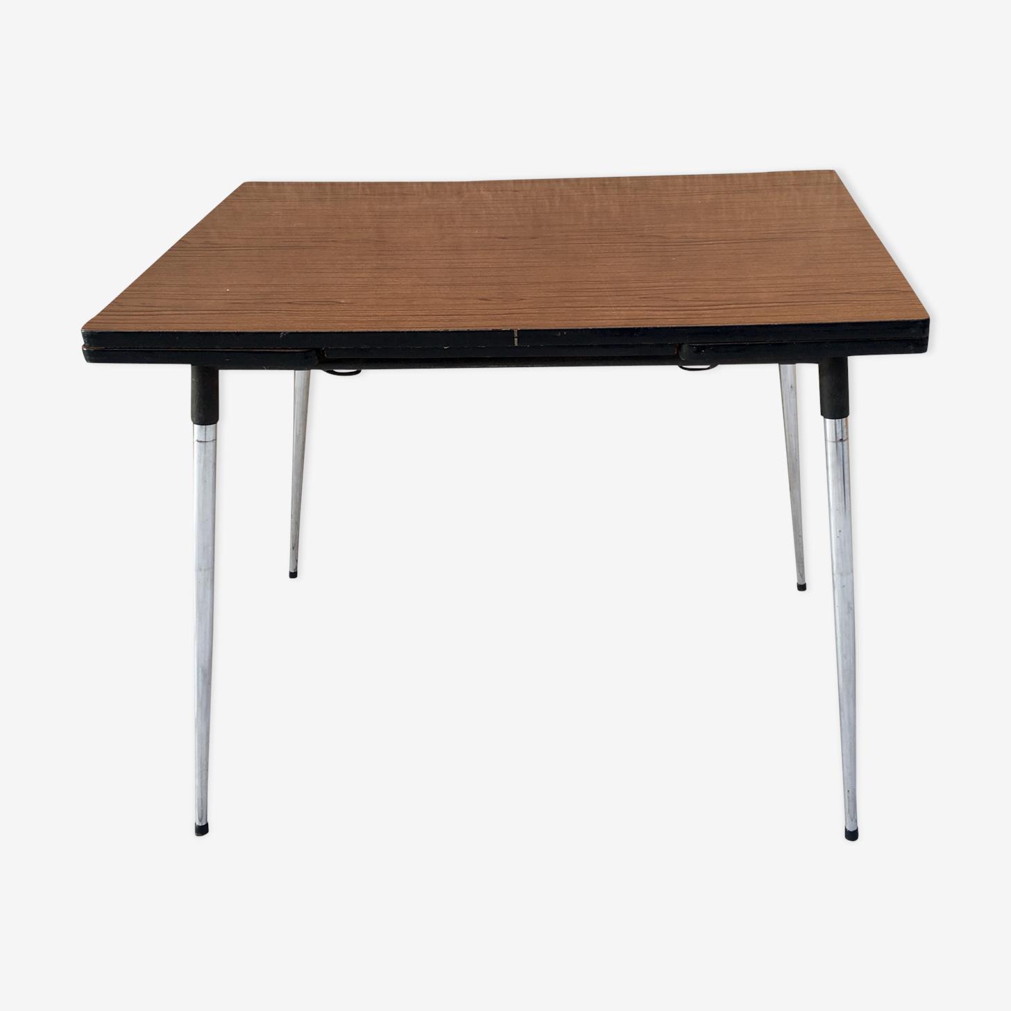 Table formica marbrée marron