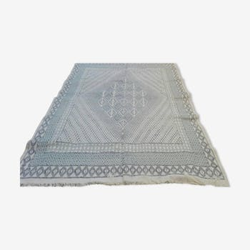 Berber carpet in pure wool handmade blue and white