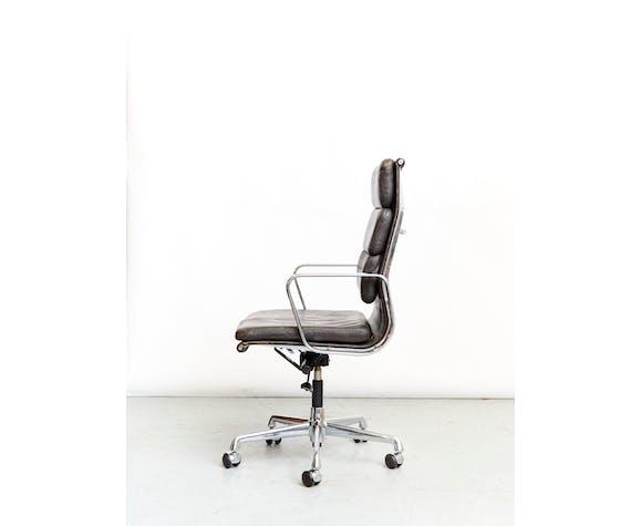 Fauteuil modèle EA219 de Charles & Ray Eames édition  Herman Miller/Vitra