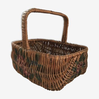 Basket of the 1960s Wicker braided with flowers