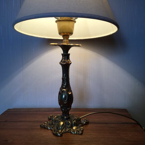 Pied de lampe bronze doré style baroque
