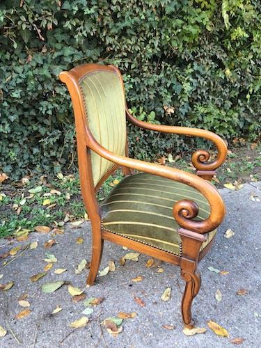 Paire de fauteuils style restauration