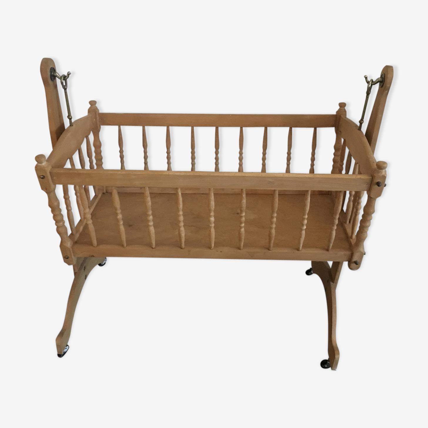 Cradle rocking wood