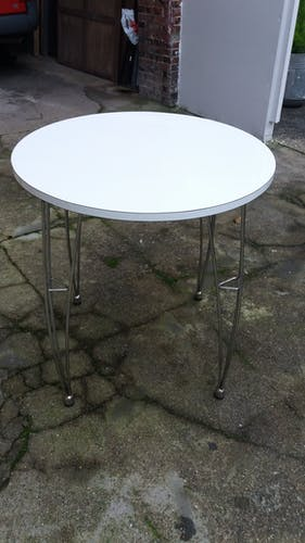 Side table in formica with chrome feet